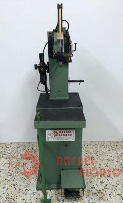 Máquina montar enfranques con clavo(5)