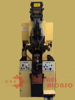 Máquina montar talones con clavo(1)